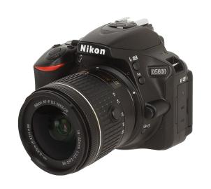 Фотоаппарат NIKON D5600 KIT 18-55mm VR / black [VBA500K001]