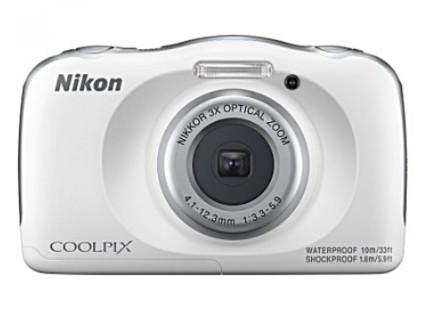 Цифровая камера NIKON Coolpix W150 + рюкзак /white / 14.17 МП / 3x / IPX8 / Wi-Fi / (VQA111K001)
