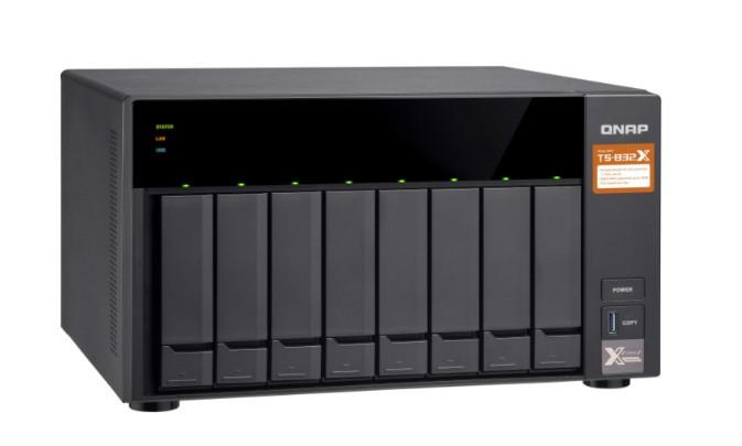Сетевой накопитель QNAP TS-832X-8G