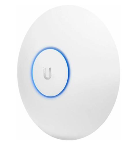 Точка доступа Ubiquiti UniFi AP AC LR (UAP-AC-LR) 2.4/5 ГГц, 450+867 Мбит/с, 22-24 дБи